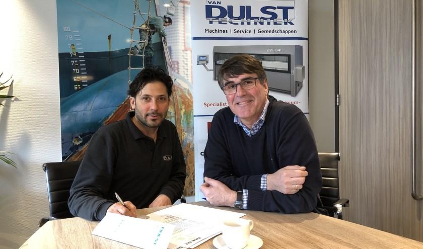 Na een leer-werkstage bij het Krimpense Van Dulst Techniek kreeg Ehabin maart 2019 een baan als werkplaatsmonteur.