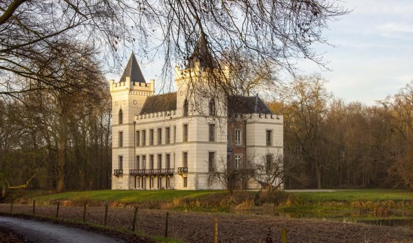 Tijdens de wandelroute kom je bij het dorp Werkhoven langs Kasteel Beverweert, een van oorsprong 13e-eeuws kasteel.