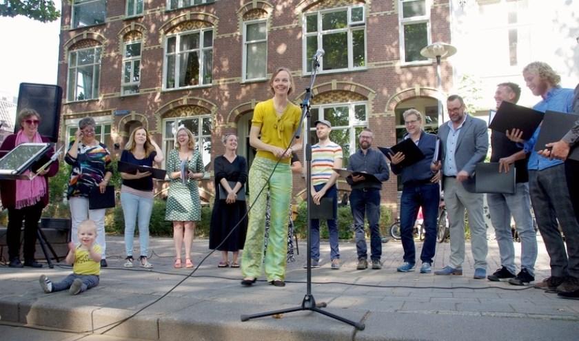 Bij het Wim Egz Ensemble stroomt de zee als rode draad door het repertoire. Foto: PR