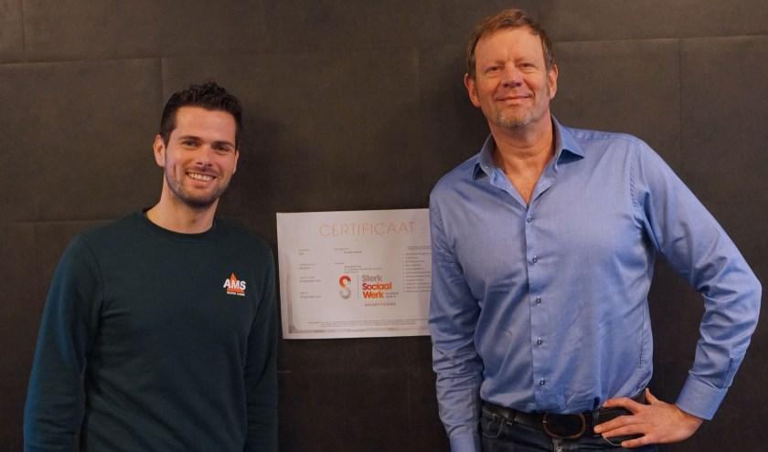 Vincent Steur links en Johan Andrée blij met waardering . Foto : Jan Woldberg