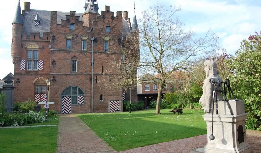 Zaterdag is Omroep Gelderland van 08.00 tot 12.00 uur in het Stadskasteel te vinden.
