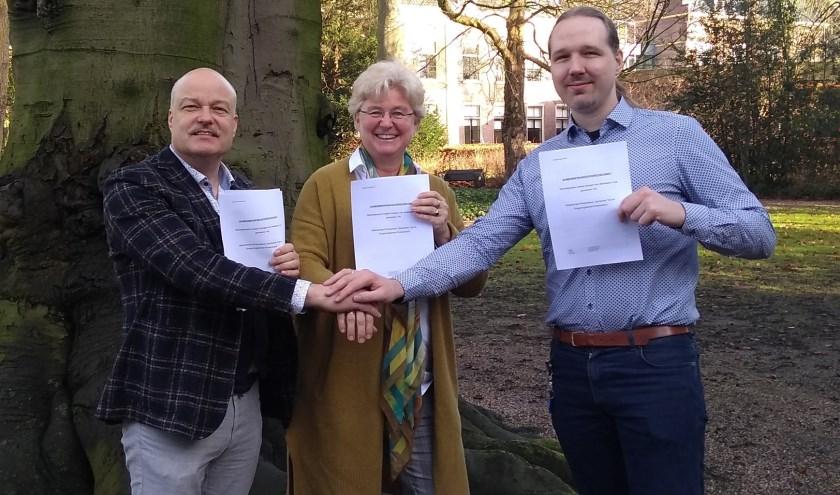 De Tielse partners voor lozingen op het riool: Martin Groeneveld (omgevingsdienst), Marion Wierda (waterschap) en Bas Willemsen (gemeente).