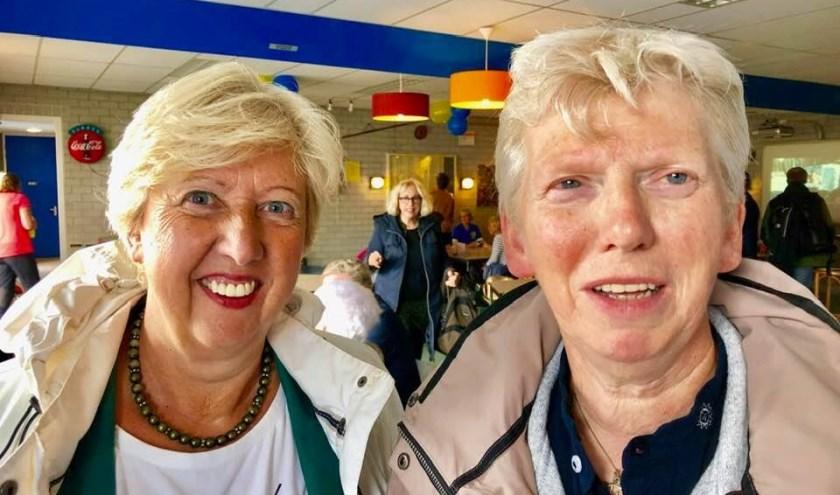 Marie-Therese Maas (links) en Susanne Peeters: 'Wij zijn voor vier jaar gekozen.  Daarover kan geen enkel misverstand bestaan.'