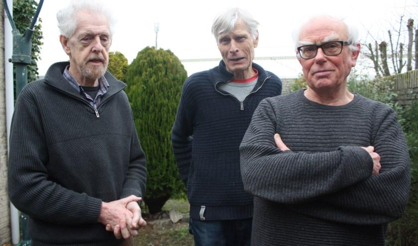 Harry Nouwen, Jelle Schuurmans en Jan Lanters (v.l.n.r.) van jubilerend KNNV Eindhoven. (Foto: Rob Weekers).