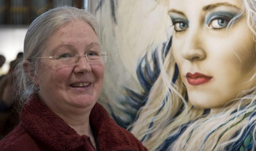 Kunstenares Marina Cleiren uit Ossendrecht maakt indringende portretten. Die waren te zien tijdens Art Arnhem.