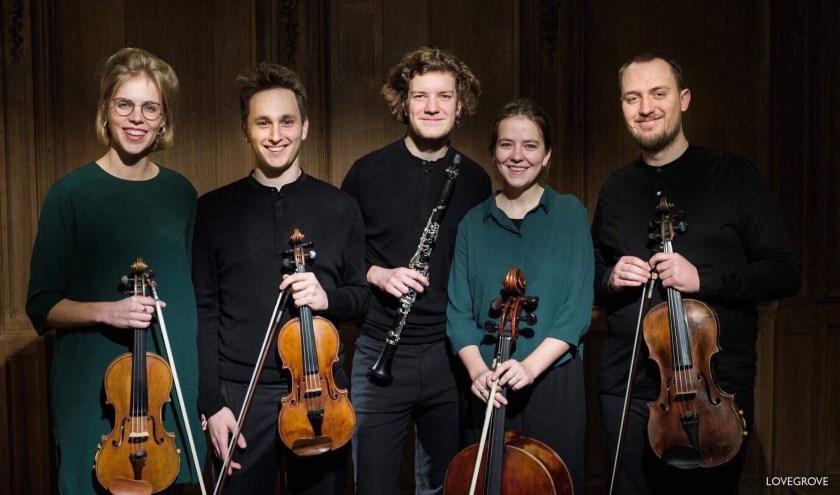Het Firgun Ensemble treedt zondag 19 januari op bij Podium Klassiek Eindhoven. De reden? In 2018 won het vijftal glansrijk het Storioni Willem II Concours.