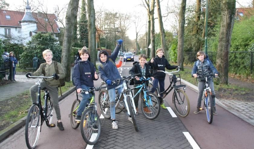 Scholieren zijn blij dat zij weer veilig naar school en naar huis kunnen fietsen