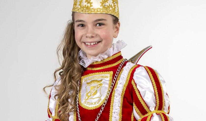 Jeugdprinses Nora de Eerste zal dit jaar met haar adjudanten Sedi en Kiki van Hal voorgaan in het carnaval onder het motto: Alle dage in spagaat!. (foto: Studio Sommers)
