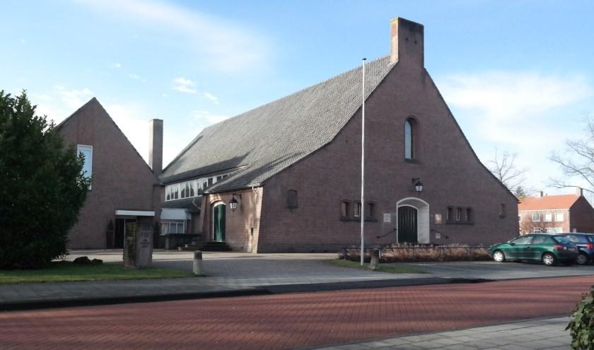 PKN kerk Sola Fide aan de Eikenlaan is verkocht. Het gemeentelijk monument mag niet gewijzigd worden. (Archieffoto: Aart Aalbers)