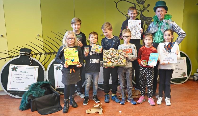 De prijswinnaars met Bruun van der Steuijt. (foto: Lotty Sonnenberg)