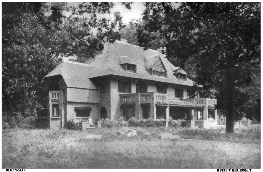 Het hoofdgebouw van 't Kruisselt is in 1918 gebouwd en in 1920 in gebruik genomen door de familie Van Wulfften Palthe.   © DPG Media