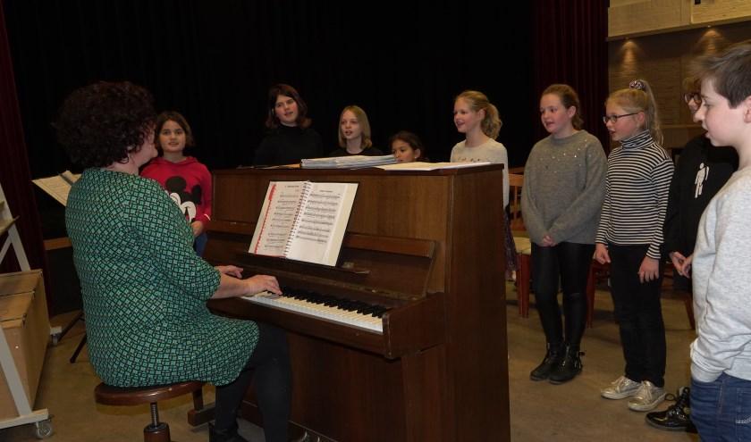 Wil jij meezingen tijdens het concert in Tilburg? Doe dan auditie op 16 januari. Meld je aan via het mailadres.