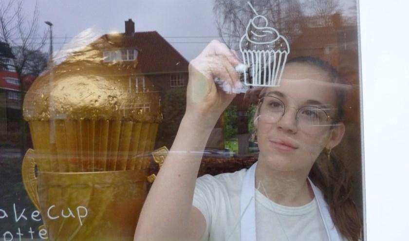 Eindelijk mag Lotte Spanier pronken met haar Gouden CupCakeCup.