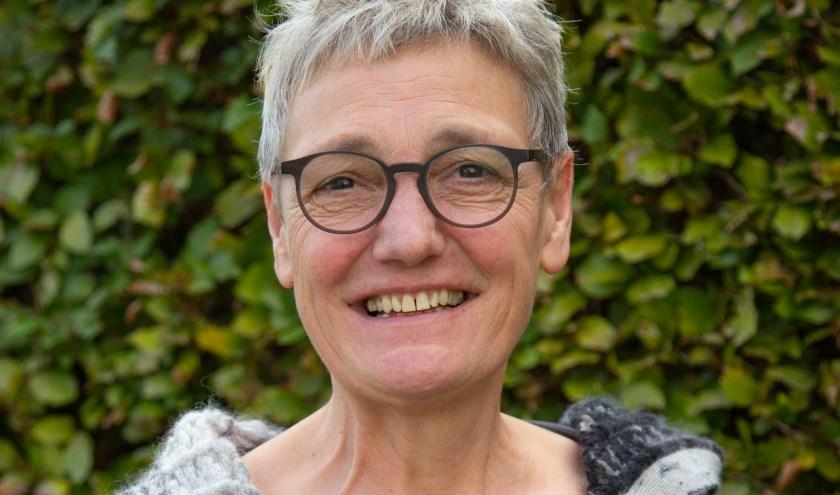 Van der Hamsvoord (62) is een ervaren bestuurster en woonachtig in Wintelre.