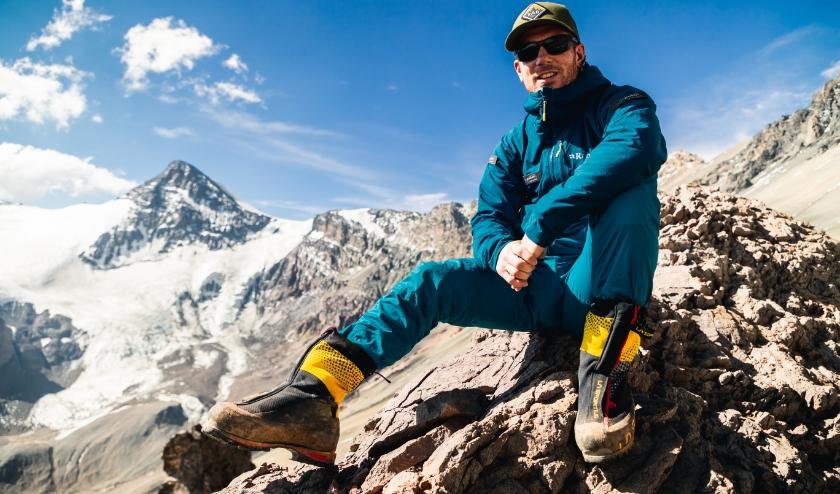De Valkenswaardse Jur wil binnen een jaar de zeven summits, de hoogste berg van elk continent, beklimmen.