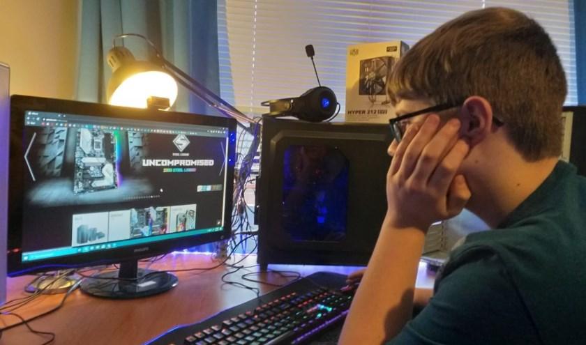 Bryan is niet zomaar de zoveelste tiener die handig gebruik maakt van zijn expertise op het gebied van computers.