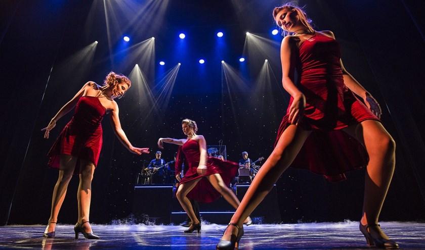 De Hengelose Revue zet van 31 januari tot en met 7 februari een dolkomische show op de planken van Schouwburg Hengelo. (Foto: Dusinska Izabela)
