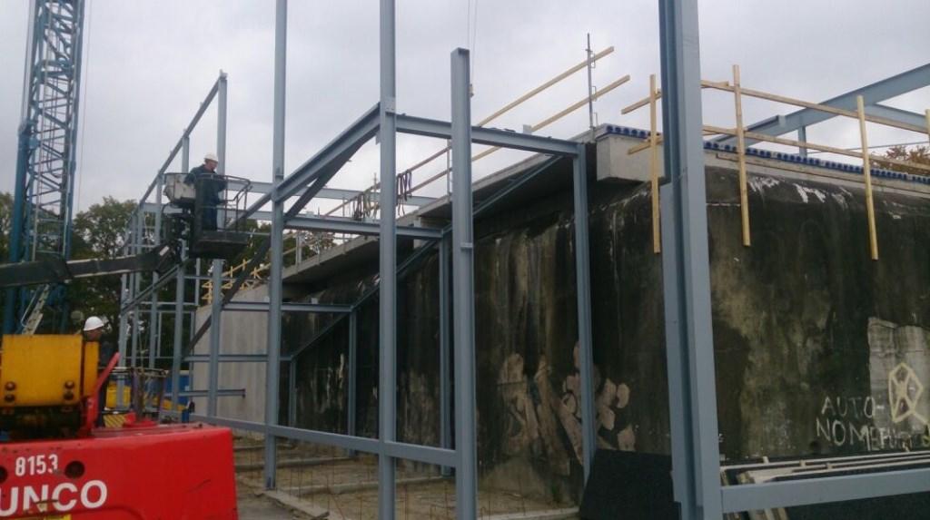 Start van de ombouw van Garage De Bilt over de bunker heen.  © DPG Media