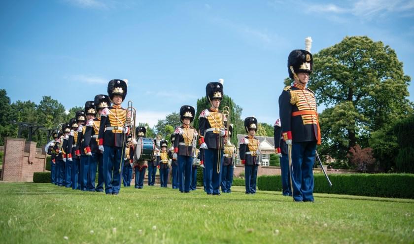 Vernieuwend, veelzijdig, ambitieus en hoog niveau, dat zijn de kenmerken van de Regimentsfanfare Garde Grenadiers en Jagers. Foto: Shane Winsser