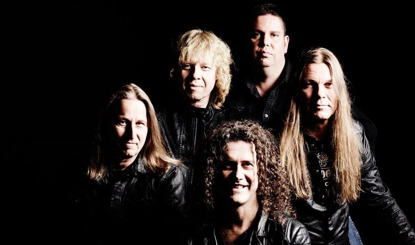 Status Quo tributeband Piledriver is aanwezig tijdens Arrow Rock Festival in IJsselhallen Zwolle.