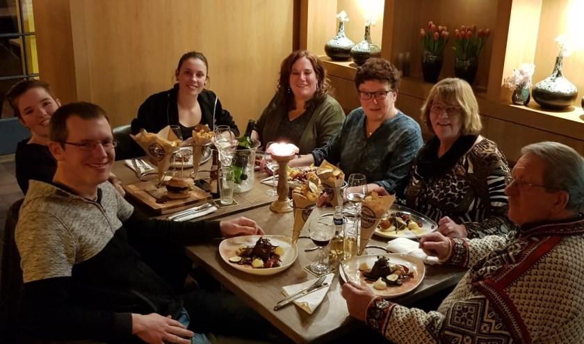 Het team dat elk jaar voor een geweldig feest zorgt. V.l.n.r.  Joris, Maartje, Loys, Sandra, Anni, Majo en Gerrit.