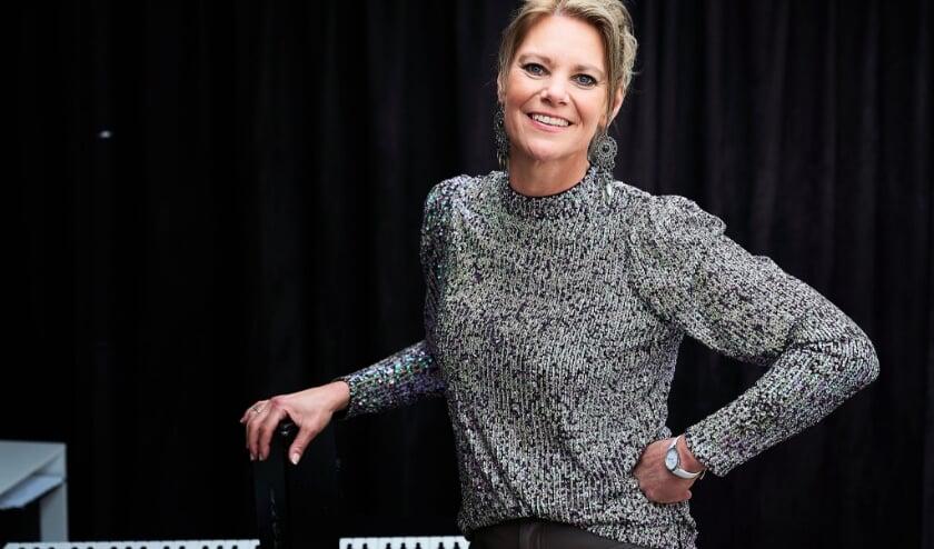 <p>Nandy Mannaert, vocalcoach en eigenaar van zangschool MannaertMusic. Foto: Peter Kasbergen.</p>