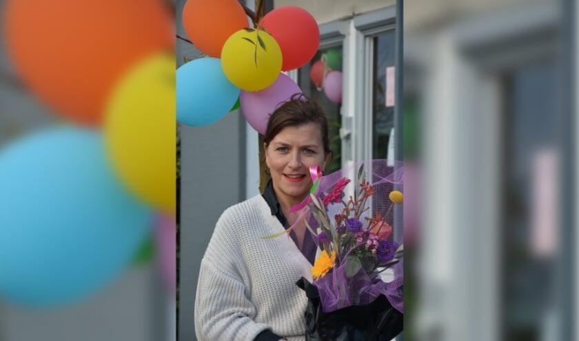 <p>Anja werd donderdag in de bloemetjes gezet.</p>