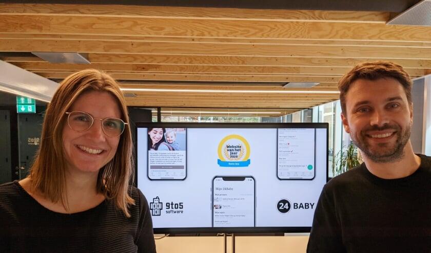 <p>Susan en Tom Pesman, oprichters van het Delftse bedrijf 9to5 Software, winnen met hun community voor jonge ouders de award &#39;Beste App 2020&#39;. Ze verslaan daarmee gerenommeerde apps als Nu.nl en DIGID</p>