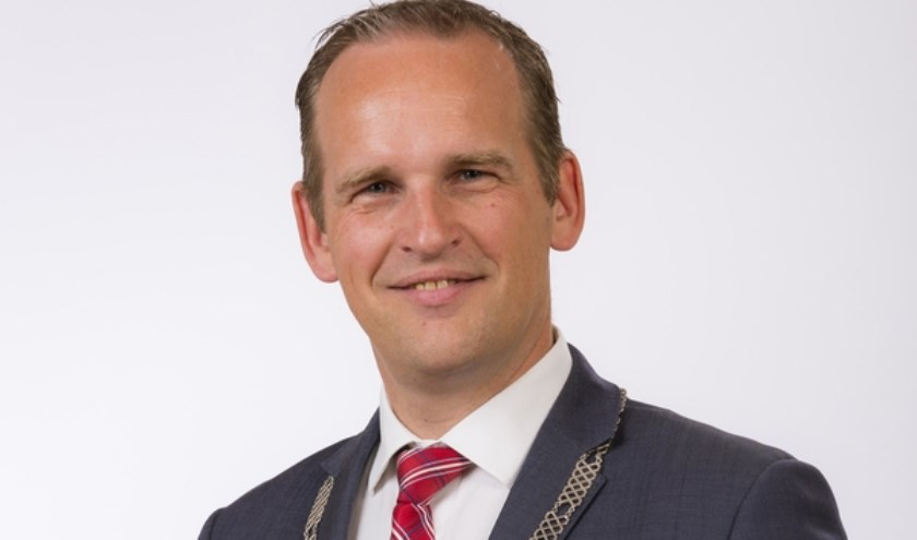 Bram van Hemmen wordt de nieuwe burgemeester van de Hoeksche Waard. (foto: gem. Sliedrecht)