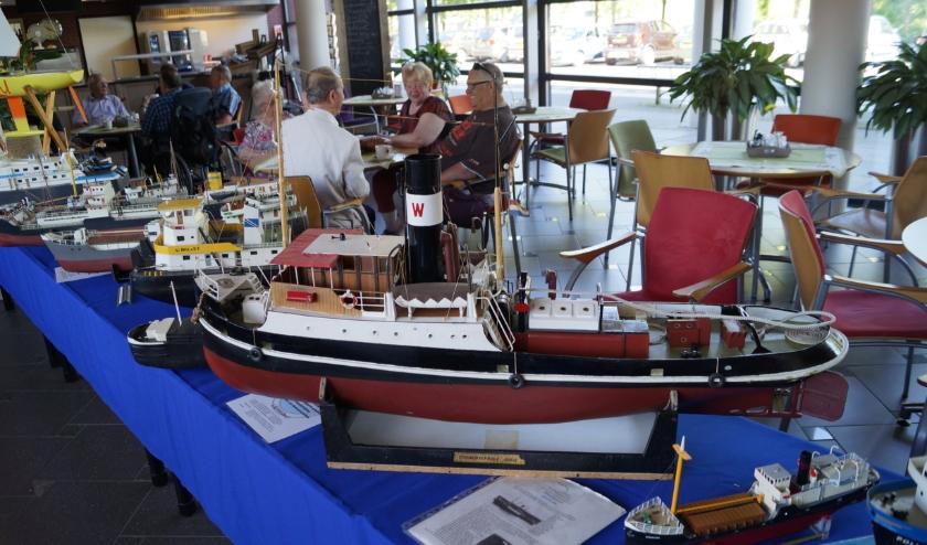 Modelbotenshow in de Woonzorgcentrum de Westerwiek Breda
