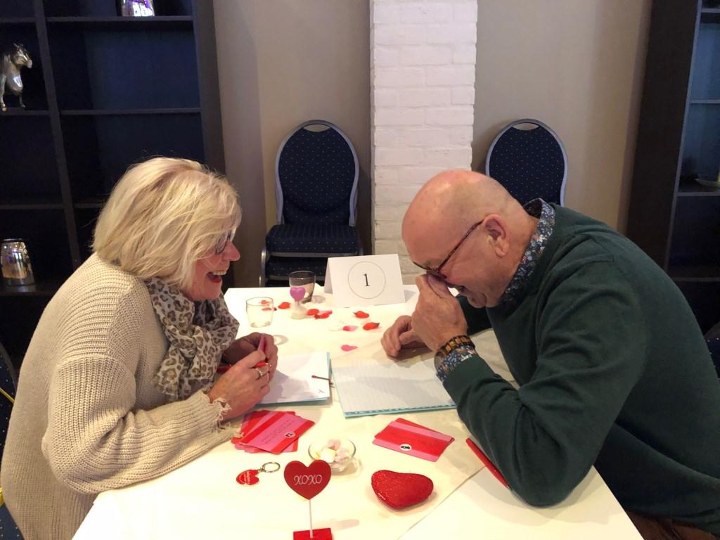 Foto: Dating Oost organiseert speeddates voor senioren - Twello Hotel Taverne © DPG Media