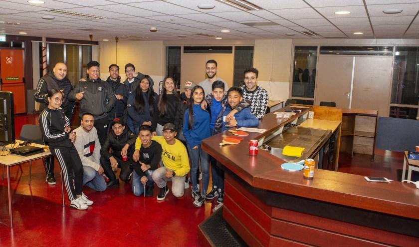 Op maandagavond komen veel jongeren samen in het Vaassense buurtgebouw Balai Pusat. Een geslaagd project van jongeren voor jongeren.