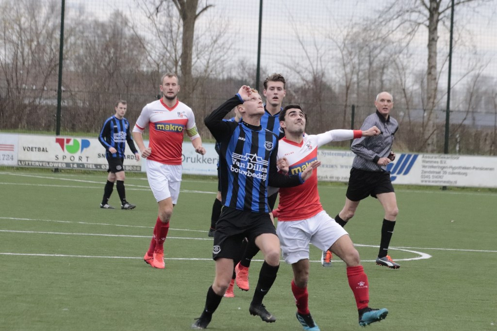 Vriendenschaar verloor in blessure tegen DVSU twee kostbare punten door gelijk te spelen. Foto: Theo van Dam © DPG Media