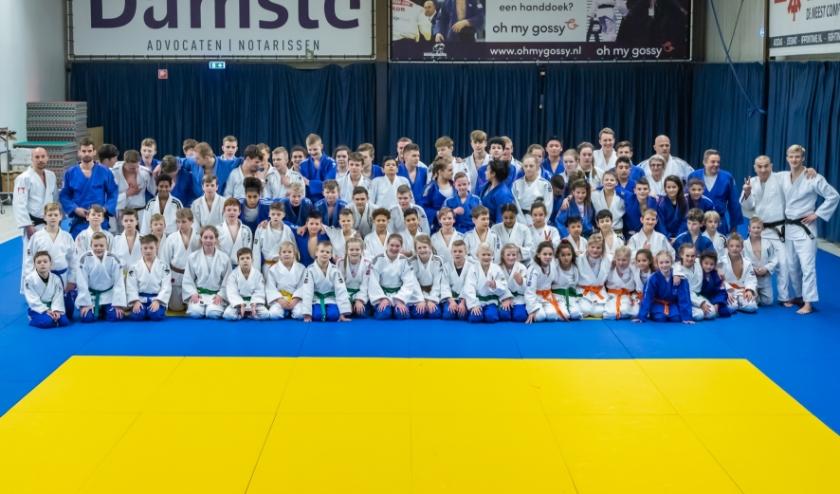 Bijna 100 judoka's op trainingsdag Judosport Oost