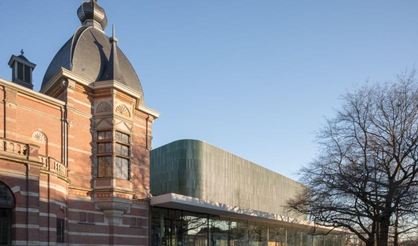 De gerenommeerde architectuur van Musis is een combinatie van oud en nieuw: de Muzenzaal is de oudste (actieve) concertzaal in Nederland,, de Parkzaal is modern en licht.