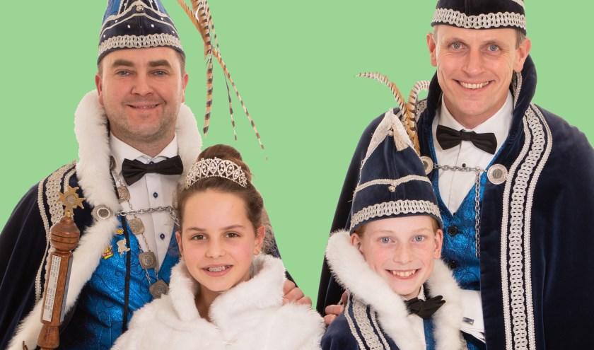 Zijn Dorstlustige Hoogheid Prins Johnny en adjudant Gijs, Jeugdprinses Doris en Jeugdprins Jules.
