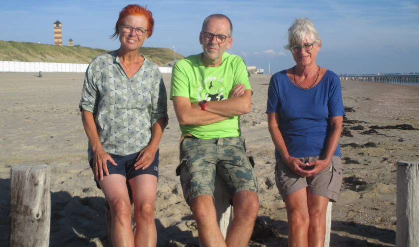 Van links naar rechts de auteurs Aagje Feldbrugge, Hans Corbijn en Els van de Kerkhof. FOTO: PR