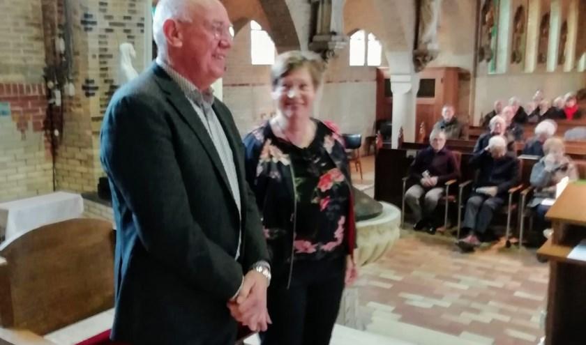 Het echtpaar Otten werd gehuldigd voor de vele verdiensten die zij verrichten voor de St. Stephanuskerk