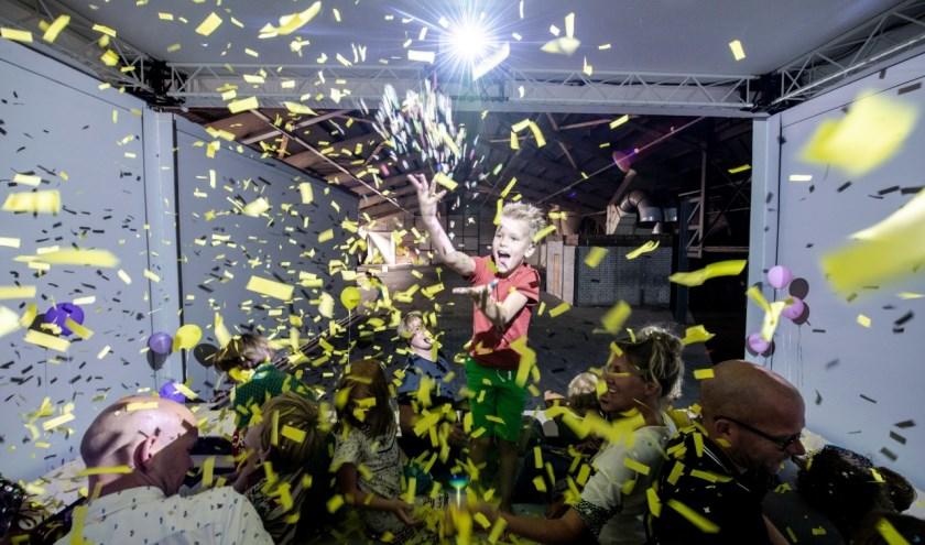 De spectaculaire video-installatie Warnet is te zien tijdens het Lentekriebels kindertheaterfestival.