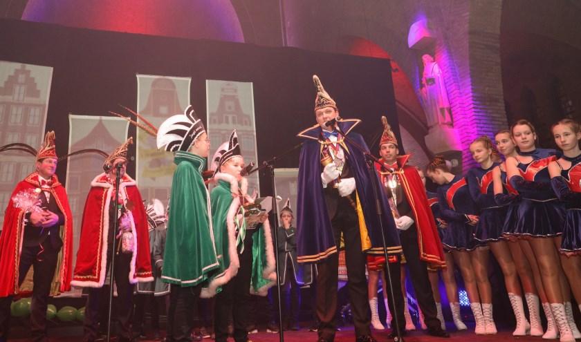 Afgelopen zaterdag waren Prins Silvius de 61ste en zijn Adjudant Johan bij de Prinsenpresentatie van het Jeugdcarnaval.