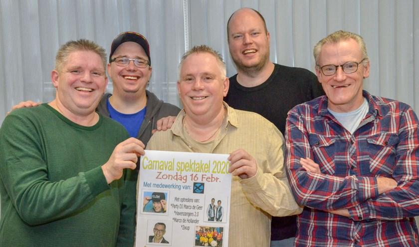 Carlos en Dennis, Ad Vergeer, Party dj Marco en Ton van der Lit zijn ook dit jaar weer op het feest. (Foto: Paul van den Dungen)