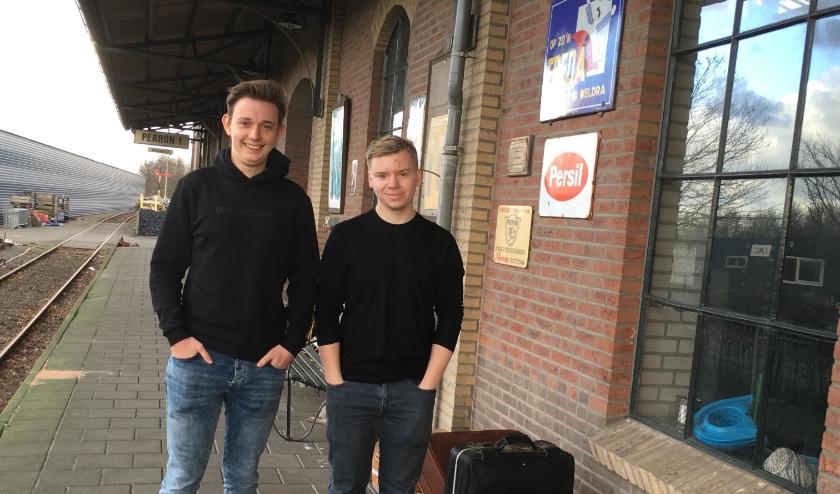 Kilian en Sam hebben nog 1500 euro nodig voor hun griezelfilm Otto die zich afspeelt in het stoomtijdperk.