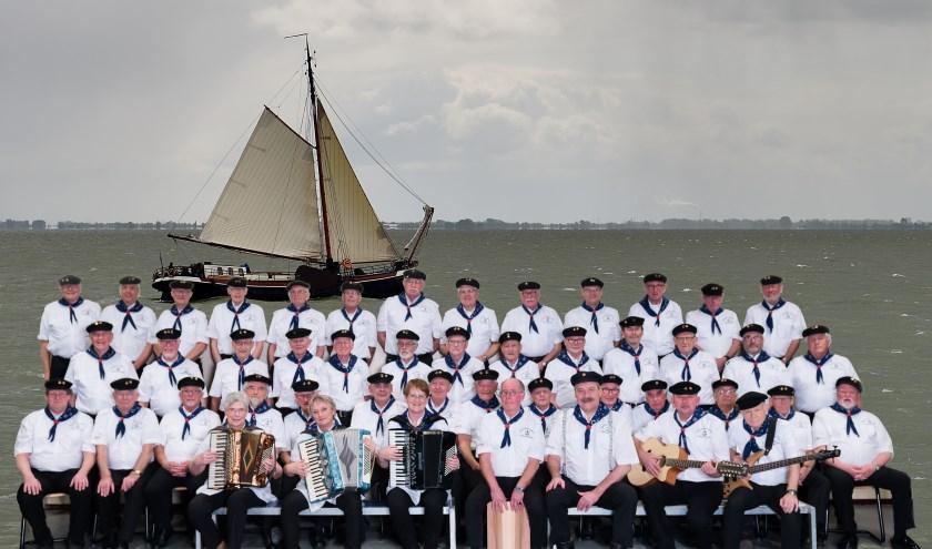 Shantykoor De Kreunende Sluisdeuren viert op 21 maart het 20-jarig bestaan met de tewaterlating van een nieuwe cd.