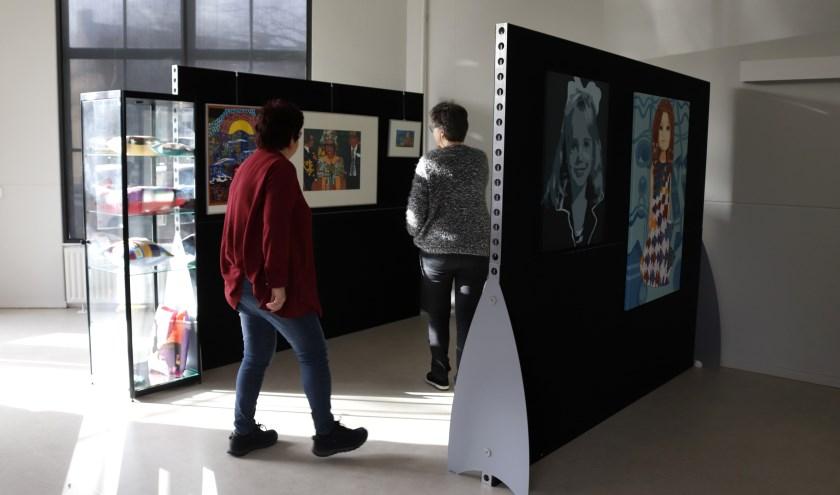 De tentoonstelling TROTS in de Kunstuitleen van ArtenZo