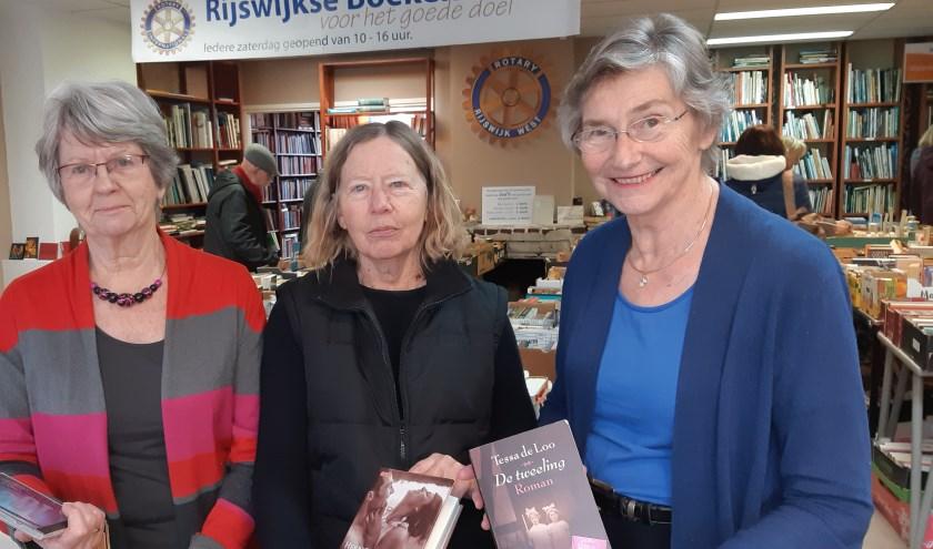 Voor goed advies over boeken kun je elke zaterdag terecht bij de dames van de boekenmarkt in de Kerkstraat.