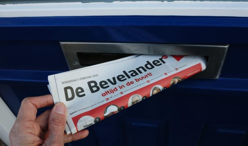 De bezorgers doen hun best om De Bevelander uiterlijk elke woensdagavond bij je in de brievenbus te hebben. FOTO: Frank Husslage