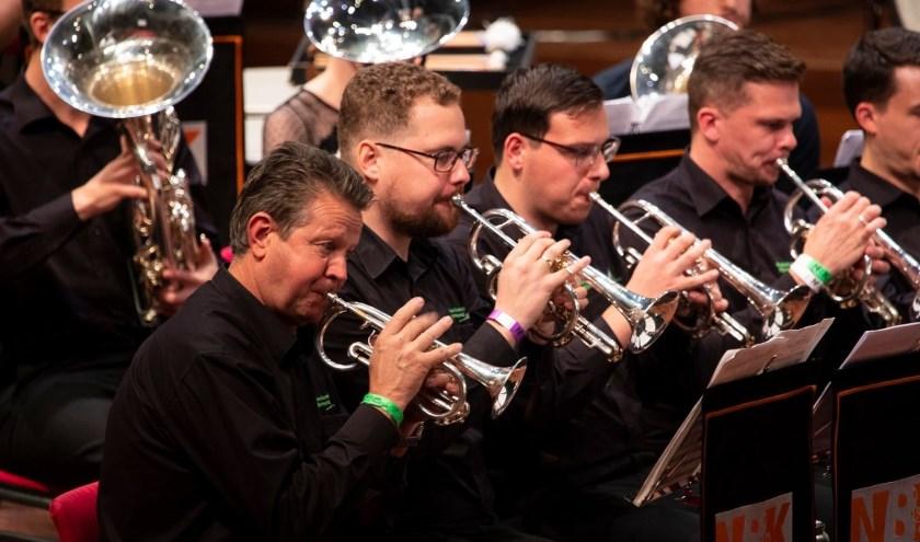 De afgelopen maanden is er weer veel gerepeteerd voor het jaarlijkse concert, dat dit jaar als thema heeft Brass Connections'20. Foto: NBK