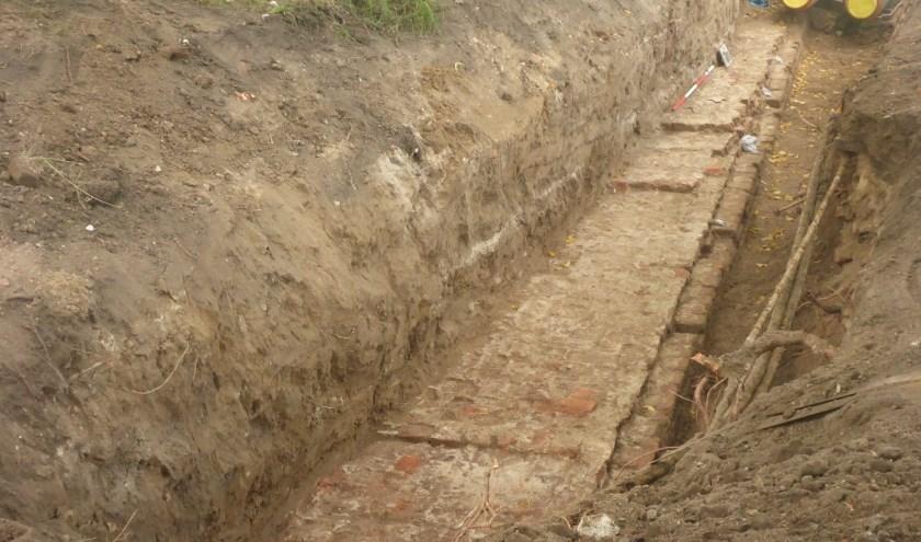 Een voorbeeld van archeologisch proefsleuvenonderzoek, zoals dat ook in Oudewater plaatsvindt op het Oranje Bolwerk. (Foto: BAAC)