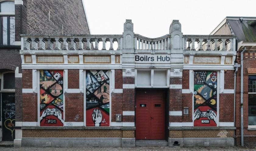 Dit pand uit 1906 is gebouwd in opdracht van dokter K. Deelen en is ontworpen door de bekende Tilburgse architect Jos. Donders. Info: www.heemkundekringtilburg.nl