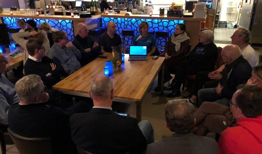 Silver Shuttle ontvangt burgemeester, griffier en gemeenteraadsleden